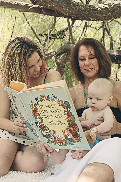 Mommy, Grandma and me